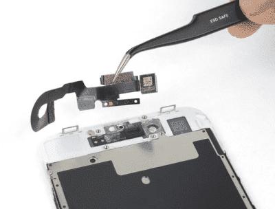 Замена шлейфа iPhone8